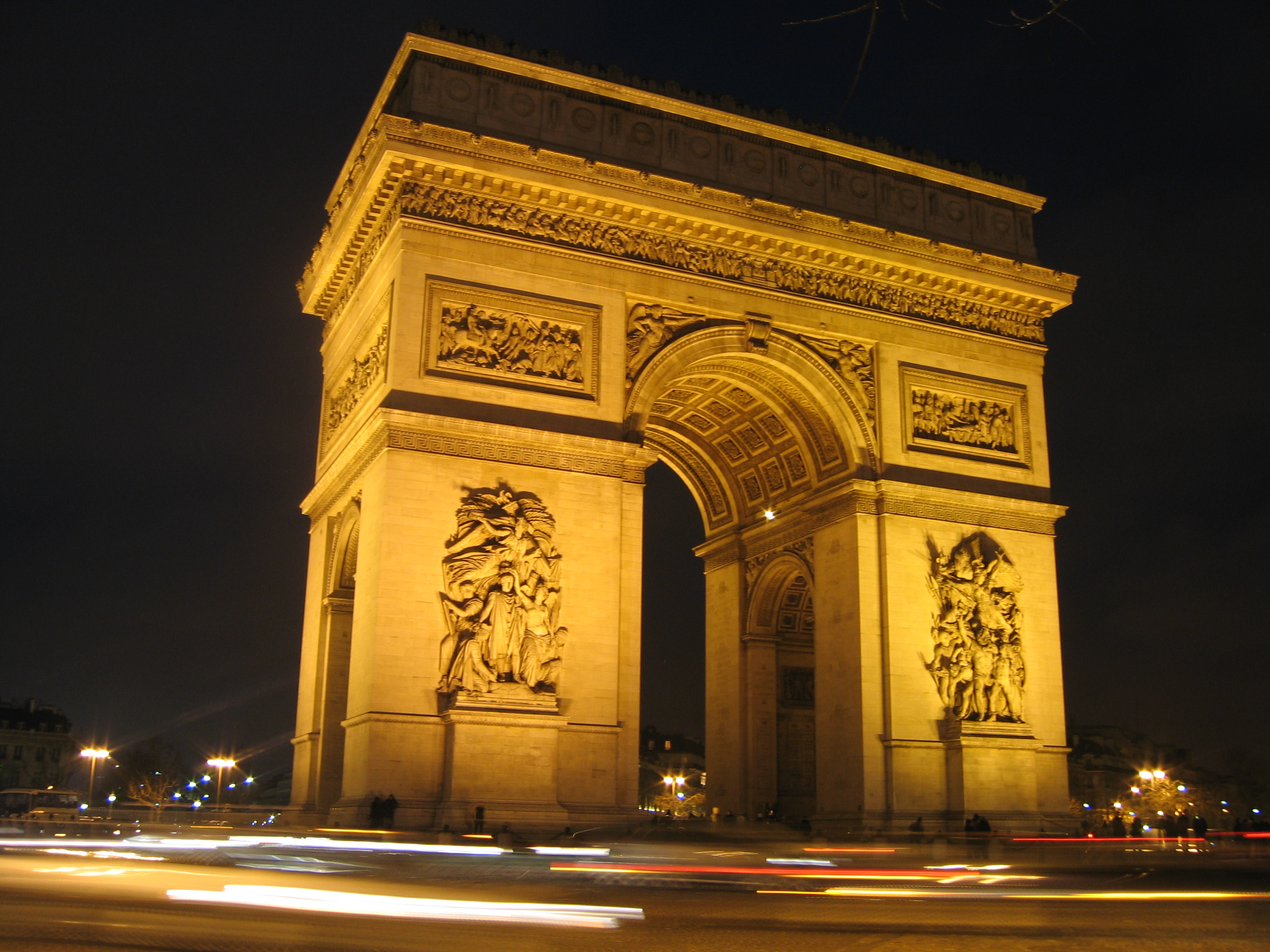 arc de triomphe, paris, arc, bucket list, travel, lynne st. james