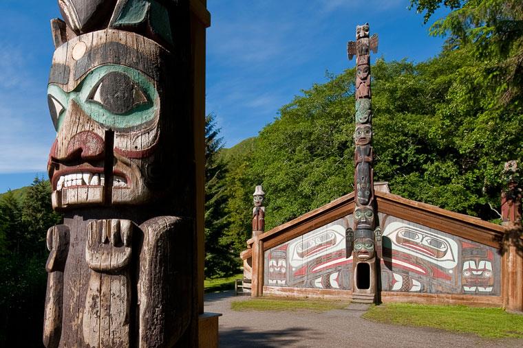 totem, matt hage, culture, alaskan culture, history, art, native artisans